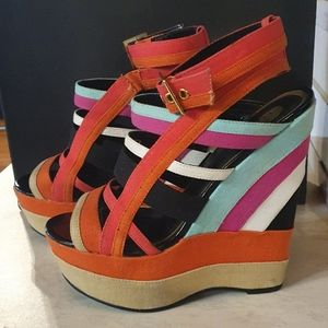 Size 7 Zu colourful wedges